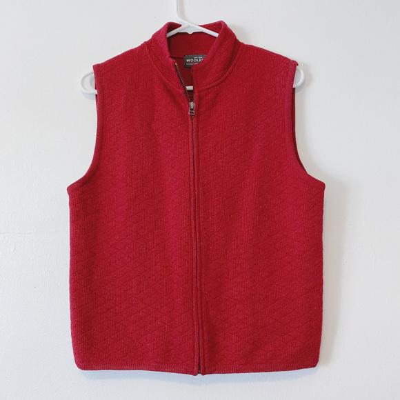 Woolrich Jackets & Blazers - NWOT Woolrich Ruby Red Vest 100% Wool size M